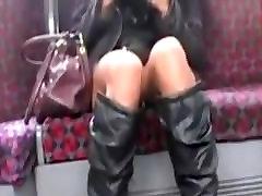 Upskirt no panties 1