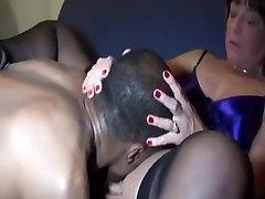 Cuckold wife fuck doggy ke stud