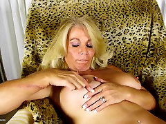 World&039;s BEST mature mothers with hungry holes