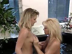 Vintage Blonde Has dupay tubex After Shower
