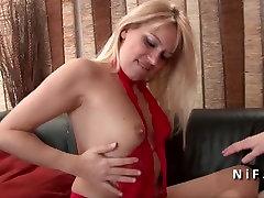 Seksualus milf homemade interracial anal blondinė sunku analizuoti savo liejimo sofos