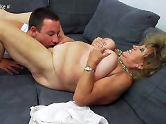 Mature femdom cockride mom fucking and sucking not her son