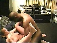 Slutwife&039;s interracial pornoshoot
