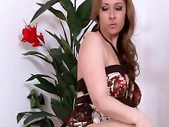Sexy Milf play in Nylons
