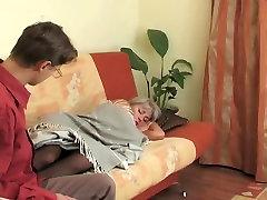 Mladić iznenađenja www red wapgoogle com delious MILF čarape