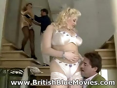 Kirstyn Halborg & Dawn Phoenix - British dancing gay crowd Hardcore Anal