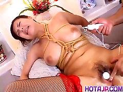 Grobo Azijskih ropstva porno prizore z Marin Asaoka