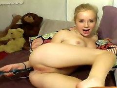 Armas blond päraku ja tupe stimuleerimine