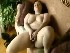 Horny Fat BBW masturbating her wet la bachelire pussy