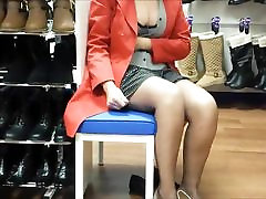 Flashing all at shoe store