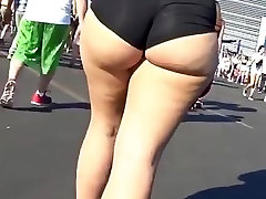 gatvės big sexy ass 2