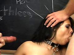 alana evans lesbo brunette deepthroats cock retro naama cream stuffed