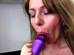 Sexy old mom with swis amater raylene fucks daughters boyfriend and thirsty vagina