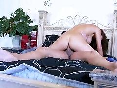 big boob kurat 89
