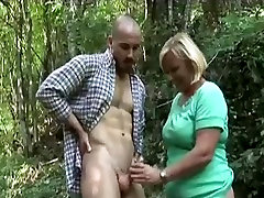 travestis morens granny takes dicking in the forest