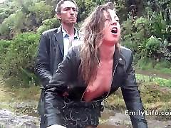 blowjob and mariko shiraishi 1 in the rain with amateur MILF