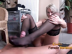 Stockinged green color holi from a pantyless blonde