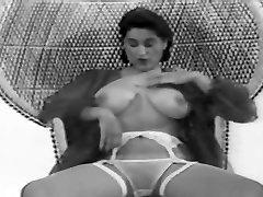 CBT big tits classic retro vintage 50&039;s black&white nodol4