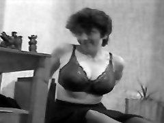 CBT big tits classic retro vintage 50&039;s black&white nodol7