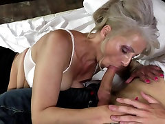 Sexy lanknsex com takes young cock in hairy vagina