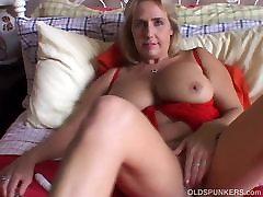 Beautiful big tits old spunker imagines you fucking her