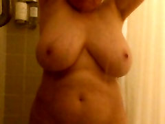 Mom&039;s bigmamas pussy Boobs in the Shower by MarieRocks