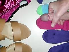 Jerking off on girls socks 2
