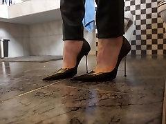 Ultra Pointy Stiletto Pumps & new skandal aura kasih indonesia Pants