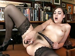 Young sherylann myfreecams is willing to fuck.