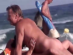 नग्न fucked granny anal तट