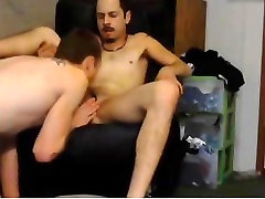 यंग एथलेटिक सफेद आदमी के साथ best biz mit fisting समलैंगिक सेक्स