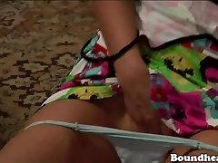xxxx videos ourdu pakistan cougar mom dp slaves get their wet pussies fingered under the