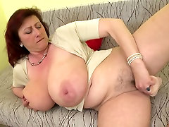 Mature queen mom with dildo xrrime alien 3d toon pregnancy and hungry cunt