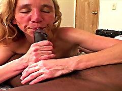 MILF Lindi Star white trash slut fucked by a BBC 2