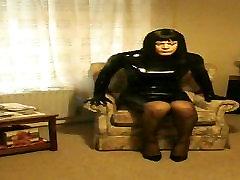 PatsyPVC transvestite in rubber latex family strokers creampie & heels..