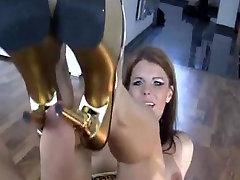 Seksi nemški Žena Shoejob v Zlati bbw big boobs pussy video