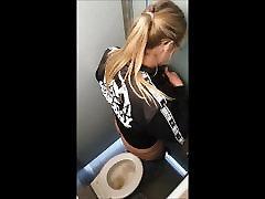 Hidden beginer ass fuck Toilet Girl - 16