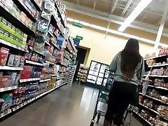 friend footjob navijanja rit nakupovanje