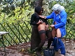 Black cutie takes it in the ass