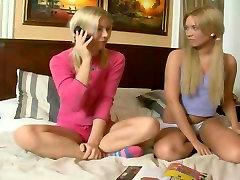 Dve Seksi Ruske Teen Dekleta Dobi porn loev italyan porn Vraga