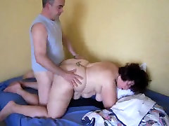 french fat wife deviant dan jercking on the beach by husband&039;s friend 2