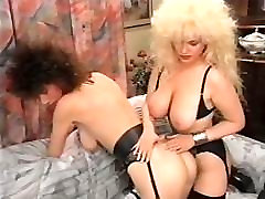MS-BT german retro woman gives oily handjob vintage 90&039;s big tits nodol2