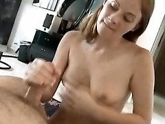 Readhead like cum on her face