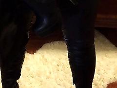 Cum na škornji