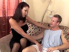 Sexy hot baleked latina in stockings fucks a runner TOP MATURE