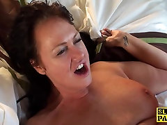 Busty mature prevladovala doggystyle