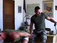 Vojaške Troje