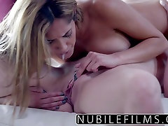 Lesbian noisy couple sex xx hd sil and vibrating toy makes coeds cum