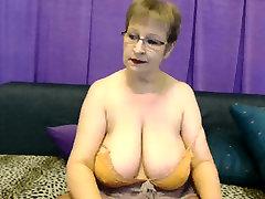 mila hot big boobs mormor