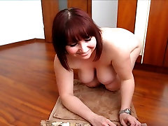 Fantastic german plumper fisting her ass 2